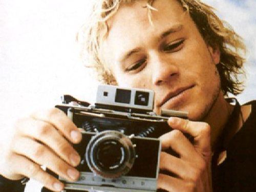 This is  a vacantions mother fuckers!!!!! A-heath-ledger-26